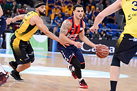 Baskonia's Shane Larkin and Iberostar Tenerife's David White during Quarter Finals match of 2017 King's Cup at Fernando Buesa Arena in Vitoria, Spain. February 16, 2017. (ALTERPHOTOS/BorjaB.Hojas)