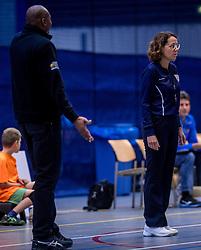 22-10-2016 NED: TT Papendal/Arnhem - Advisie SSS, Arnhem<br /> De Talenten winnen met 3-2 van SSS / Trainer/coach Albert Cristina of SSS, /Scheidsrechter Ingeborg Kooter