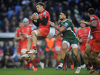 Rugby Union - 2019 / 2020 Gallagher Premiership - London Irish vs. Leicester Tigers<br /> <br /> Guy Thompson of Leicester Tigers and Terrence Hepetema of London Irish at Madejski Stadium.<br />  <br /> COLORSPORT/ANDREW COWIE