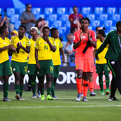 Team of South Africa thanks his fans during the Women's World Cup match between Germany and South Africa at Stade de la Mosson on June 17, 2019 in Montpellier, France. (Photo by Alexandre Dimou/Icon Sport)