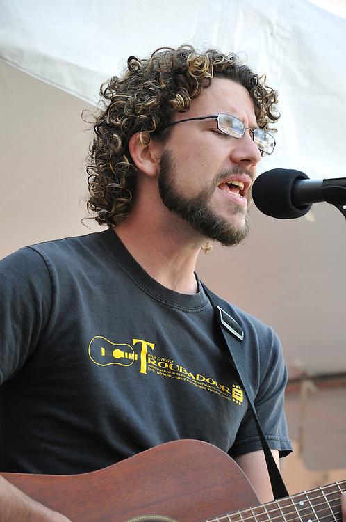 Will Edwards concert at 2010 Tucson Folk Festival. Event photography by Martha Retallick.