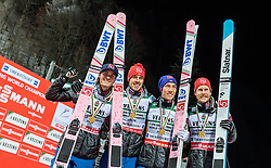 21.01.2018, Heini Klopfer Skiflugschanze, Oberstdorf, GER, FIS Skiflug Weltmeisterschaft, Teambewerb, Siegerehrung, im Bild Teamfoto - Daniel Andre Tande (NOR), Johann Andre Forfang (NOR), Andreas Stjernen (NOR), Robert Johansson (NOR) // Worldchampion Teamphoto Daniel Andre Tande of Norway, Johann Andre Forfang of Norway, Andreas Stjernen of Norway, Robert Johansson of Norway during Winner Award Ceremony of the Team competition of the FIS Ski Flying World Championships at the Heini-Klopfer Skiflying Hill in Oberstdorf, Germany on 2018/01/21. EXPA Pictures © 2118, PhotoCredit: EXPA/ JFK