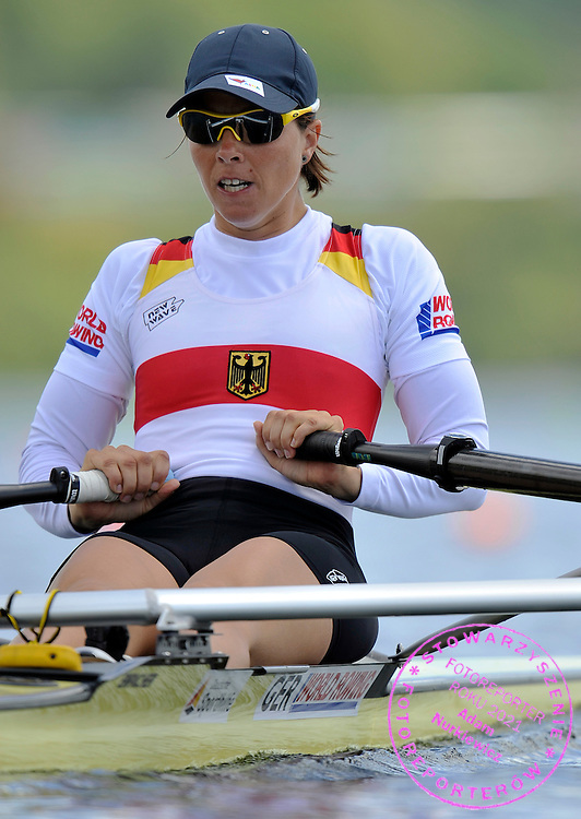 MARIE LOUISE DRAEGER (GERMANY) COMPETES IN WOMEN'S LIGHTWEIGHT SINGLE SCULLS DURING REGATTA WORLD ROWING CHAMPIONSHIPS ON KARAPIRO LAKE IN NEW ZEALAND...NEW ZEALAND , KARAPIRO , NOVEMBER 01, 2010..( PHOTO BY ADAM NURKIEWICZ / MEDIASPORT )..PICTURE ALSO AVAIBLE IN RAW OR TIFF FORMAT ON SPECIAL REQUEST.