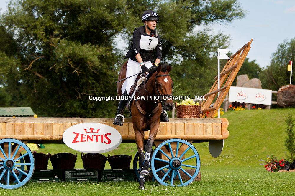 NZL-Lucy Jackson (KILCOLTRIM AMBASSADOR) 2012 GER-CHIO Aachen Weltfest des Pferdesports (Saturday) - DHL Preis CICO*** Eventing XC: FINAL-22ND