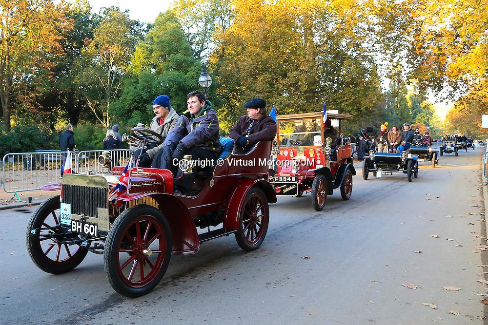 English Mechanic    Tonneau 1904    Driven By   Mr John Shawe, Bonhams London to Brigthon Veteran Car Run Supported by Hiscox,, 06/11/2016,