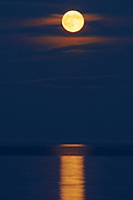 Full moon rising over Lake Superior<br />