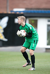 Alloa Athletic's keeper Scott Bain.<br /> Alloa Athletic 0 v 0 Falkirk, Scottish Championship 12/10/2013. played at Recreation Park, Alloa.<br /> &copy;Michael Schofield.