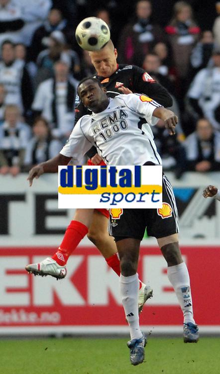 Fotball tippeligaen 12.04.08 Rosenborg ( RBK ) - Fredikstad,<br /> Patrick Gerrbrand FFK og Yssouf Koné RBK,<br /> Foto: Carl-Erik Eriksson, Digitalsport