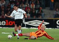 n/z.: Grzegorz Bronowicki (nr7-Legia) , Pawel Sasin (nr6-Korona) podczas meczu ligowego Korona Kielce (czerwone-zolte) - Legia Warszawa (biale-czarne) 2:2, I liga polska , 27 kolejka sezon 2005/2006 , pilka nozna , Polska , Kielce , 29-04-2006 , fot.: Adam Nurkiewicz / mediasport..Grzegorz Bronowicki (nr7-Legia) and Pawel Sasin (nr6-Korona) during Polish league first division soccer match in Kielce. April 29, 2006 ; Korona Kielce (red-yellow) - Legia Warsaw (white-black) 2:2; first division , 27 round season 2005/2006 , football , Poland , Kielce ( Photo by Adam Nurkiewicz / mediasport )