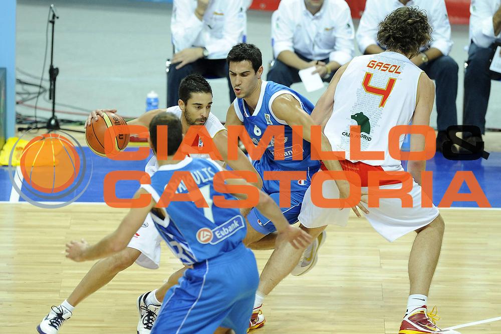 DESCRIZIONE : Katowice Poland Polonia Eurobasket Men 2009 Semifinale Semifinal Spagna Spain Grecia Greece<br /> GIOCATORE : Juan Carlos Navarro<br /> SQUADRA : Spagna Spain<br /> EVENTO : Eurobasket Men 2009<br /> GARA : Spagna Spain Grecia Greece<br /> DATA : 19/09/2009 <br /> CATEGORIA :<br /> SPORT : Pallacanestro <br /> AUTORE : Agenzia Ciamillo-Castoria/G.Ciamillo<br /> Galleria : Eurobasket Men 2009 <br /> Fotonotizia : Katowice  Poland Polonia Eurobasket Men 2009 Semifinale Semifinal Spagna Spain Grecia Greece<br /> Predefinita :
