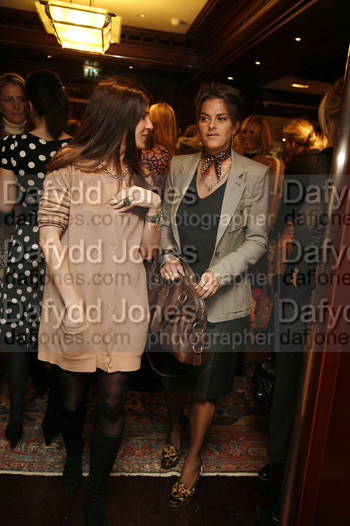 ELIZABETH SALTZMAN AND TRACEY EMIN. Elizabeth Saltzman, Tracey Emin and Charles Finch cocktails in support of Dream Auction Full stop in aid of NSPCC. Ralph Lauren. 21 March 2006. ONE TIME USE ONLY - DO NOT ARCHIVE  © Copyright Photograph by Dafydd Jones 66 Stockwell Park Rd. London SW9 0DA Tel 020 7733 0108 www.dafjones.com