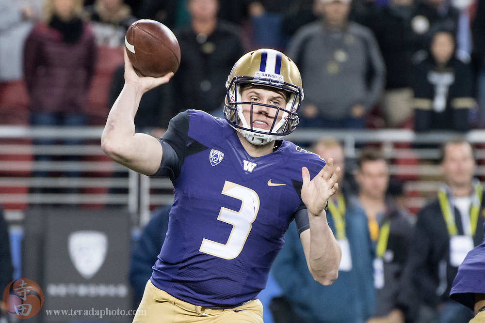 December 2, 2016; Santa Clara, CA, USA; Washington Huskies quarterback Jake Browning (3) passes the football during the third quarter in the Pac-12 championship against the Colorado Buffaloes at Levi's Stadium. The Huskies defeated the Buffaloes 41-10.