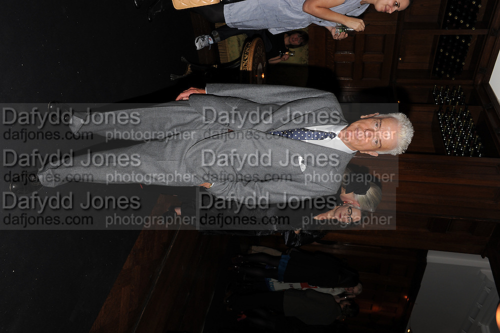 NICKY HASLAM, London College of Fashion hosts party to celebrate the opening of Carmen: A Life in Fashion with guest of honour Carmen Dell'Orefice. Il Bottachio, Hyde Park Corner. London. 16 November 2011. <br /> <br />  , -DO NOT ARCHIVE-© Copyright Photograph by Dafydd Jones. 248 Clapham Rd. London SW9 0PZ. Tel 0207 820 0771. www.dafjones.com.