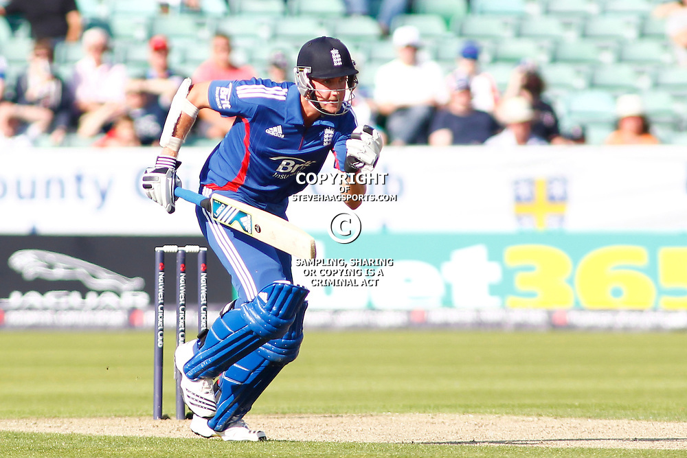 08/09/2012 Durham, England. Stuart Broad runs a single during the 1st Nat West t20 cricket match between  England and South Africa and played at Emirate Riverside Cricket Ground: Mandatory credit: Mitchell Gunn