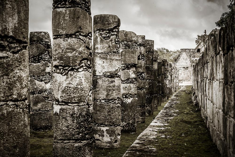 The Group of the Thousand Columns (Grupo de las Mil Columnas) at the Chichen Itza world heritage site, Yucatan, Mexico