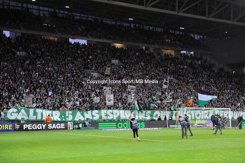 AMBIANCE SUPPORTERS / BANDEROLE  - 21.12.2014 - Saint Etienne / Evian Thonon - 19eme journee de Ligue 1<br /> Photo : Jean Paul Thomas / Icon Sport