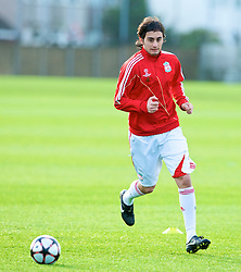 LIVERPOOL, ENGLAND - Tuesday, December 8, 2009: Liverpool's Alberto Aquilani during a training session at Melwood ahead of the UEFA Champions League Group E match against AFC Fiorentina. (Pic by David Rawcliffe/Propaganda)