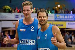 04-01-2015 NED: Open NK Indoor Beachvolleybal, Aalsmeer<br /> Christiaan Varenhorst en Reinder Nummerdor winnen het NK Beachvolleybal door de finale met 2-0 te winnen van Wessel Keemink  en Sven Vismans