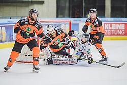 23.09.2018, Merkur Eisstadion, Graz, AUT, EBEL, Moser Medical Graz 99ers vs HC Orli Znojmo, 4. Runde, im Bild v.l.: Travis Oleksuk (Moser Medical Graz 99ers), Linus Lundin (Moser Medical Graz 99ers), David Bartos (HC Orli Znojmo), Oliver Setzinger (Moser Medical Graz 99ers) // during the 4th round for the Erste Bank Icehockey league between Moser Medical Graz 99ers and HC Orli Znojmo at the Merkur Eisstadion in Graz, Austria on 2018/09/23. EXPA Pictures © 2018, PhotoCredit: EXPA/ Dominik Angerer