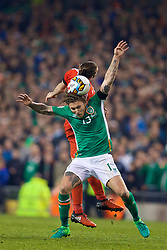 DUBLIN, REPUBLIC OF IRELAND - Friday, March 24, 2017: Wales' Gareth Bale in action against Republic of Ireland's Jeff Hendrick during the 2018 FIFA World Cup Qualifying Group D match at the Aviva Stadium. (Pic by David Rawcliffe/Propaganda)