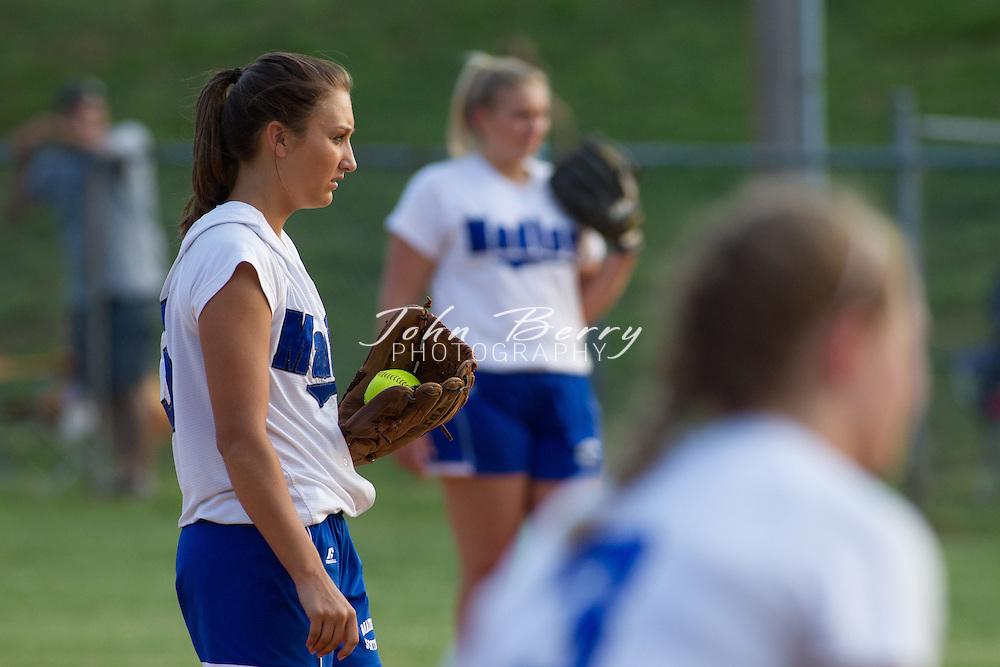 May/26/11:  MCHS Varsity Softball vs Clarke Eagles.  Madison wins 4-3.