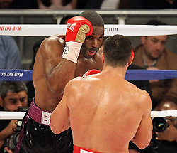 25.04.2015, Madison Square Garden, New York, USA, WBA, Wladimir Klitschko vs Bryant Jennings, im Bild l-r. Bryant Jennings, Wladimir Klitschko // during IBF, WBO and WBA world heavyweight title boxing fight between Wladimir Klitschko of Ukraine and Bryant Jennings of the USA at the Madison Square Garden in New York, United Staates on 2015/04/25. EXPA Pictures © 2015, PhotoCredit: EXPA/ Eibner-Pressefoto/ Kolbert<br /> <br /> *****ATTENTION - OUT of GER*****