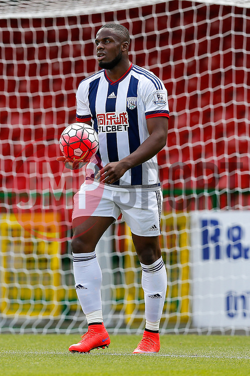 Victor Anichebe of West Brom - Mandatory byline: Rogan Thomson/JMP - 07966 386802 - 25/07/2015 - SPORT - Football - Swindon, England - The County Ground - Swindon Town v West Bromwich Albion - 2015/16 Pre Season Friendly.