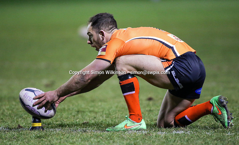 Picture by Alex Whitehead/SWpix.com - 06/03/2015 - Rugby League - First Utility Super League - Castleford Tigers v Wigan Warriors - the Mend A Hose Jungle, Castleford, England - Castleford's Luke Gale prepares to kick for goal.
