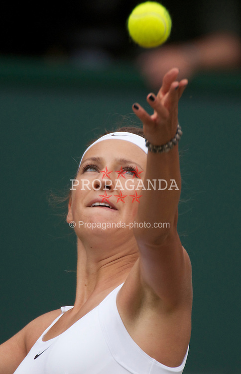 LONDON, ENGLAND - Thursday, June 30, 2011: Victoria Azarenka (BLR) in action during the Ladies' Singles Semi-Final match on day ten of the Wimbledon Lawn Tennis Championships at the All England Lawn Tennis and Croquet Club. (Pic by David Rawcliffe/Propaganda)