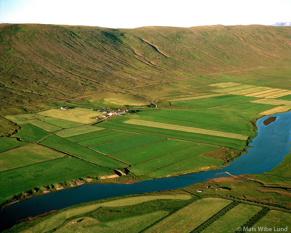 Skálpastaðir séð til norðausturs, Lundarreykjadalshreppur / Skalpastadir viewing northeast, Lundarreykjadalshreppur