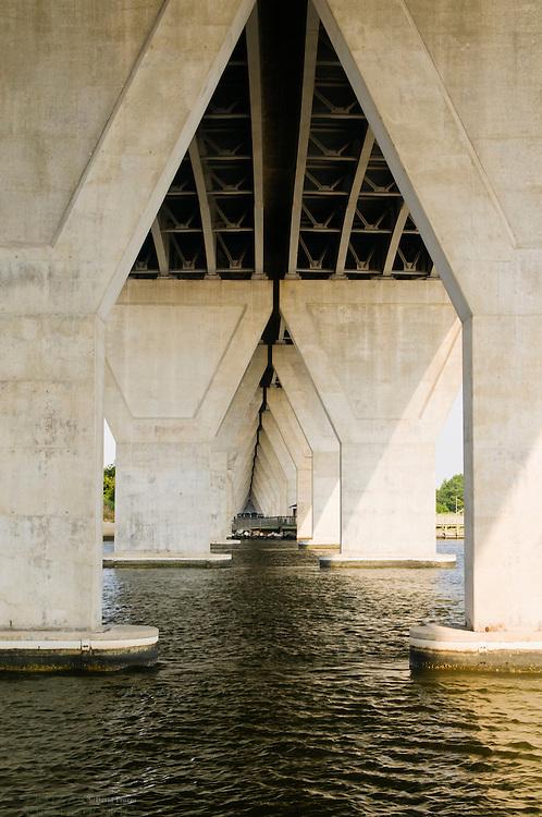Rout 50 bridge supports over Kent Narrows waterway Chesapeake Bay Kent Narrows, Maryland, USA