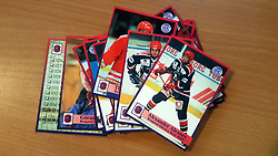 Rungsted Cobras<br /> <br /> Officielle Danske Hockey Trading Card. <br /> <br /> 1998-1999 Komplet Danske Ishockey Kort 228 stk.<br /> <br /> 26. Morten Evensen<br /> 27. Jens Terkelsen<br /> 28. Anders V. Jensen<br /> 29. Morten Dahlmann<br /> 30. Randy Maxwell<br /> 31. Søren True<br /> 32. Leonid Truhno<br /> 33. Mads True<br /> 34. Morten Green<br /> 35. Nicolai Clausen<br /> 36. Alexander Alexeev<br /> 37. Pavel Kostichkin<br /> 38. Thomas Johansen<br /> 39. Jens Johansson<br /> 40. Nicolas Monberg<br /> 41. Jesper Gram<br /> 42. Mikkel Schmidt<br /> 43. Kent Aalborg<br /> 44. Christian Mourier<br /> 45. Ole Välipirtti<br /> 46. Göran Karlström<br /> <br /> Begrænset komplet sæt på lager. Kontakt: mail@nhcfoto.dk eller tlf. 40277826