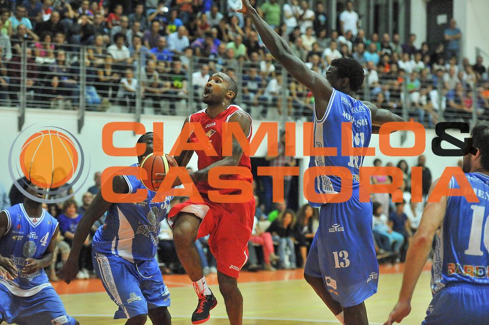 DESCRIZIONE : Trofeo Cantina Dorgali Banco di Sardegna Dinamo Sassari - Acea Virtus Roma<br /> GIOCATORE : Phil Goss<br /> CATEGORIA : Tiro Penetrazione<br /> SQUADRA : Acea Virtus Roma<br /> EVENTO : Trofeo Cantina Dorgali Banco di Sardegna Dinamo Sassari - Acea Virtus Roma<br /> GARA : Banco di Sardegna Dinamo Sassari - Acea Virtus Roma<br /> DATA : 10/09/2013<br /> SPORT : Pallacanestro <br /> AUTORE : Agenzia Ciamillo-Castoria / Luigi Canu<br /> Galleria : Precampionato 2013-2014<br /> Fotonotizia : Trofeo Cantina Dorgali Banco di Sardegna Dinamo Sassari - Acea Virtus Roma<br /> Predefinita :
