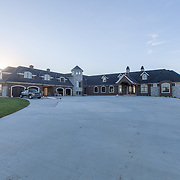 Real estate photography of new-build custom home / residential property in the Northland area of Kansas City, Missouri. Home builder Elder Custom Homes & Design.