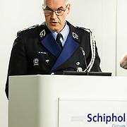 NLD/Amsterdam/20150326 - Start campagne tegen kindersekstoerisme, generaaal majoor Harry van den Brink