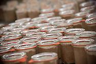 9/09/16 - LA BOISSIERE DES LANDES - VENDEE - FRANCE - Entreprise de transformation et de charcuterie artisanale Tradition de Vendee. Mise en pots des rillettes de porc - Photo Jerome CHABANNE