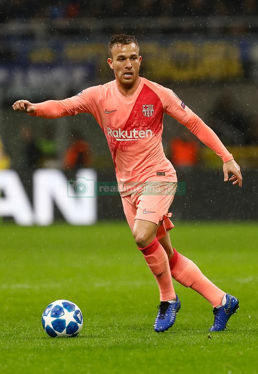 صور مباراة : إنتر ميلان - برشلونة 1-1 ( 06-11-2018 )  20181106-zaa-n230-766