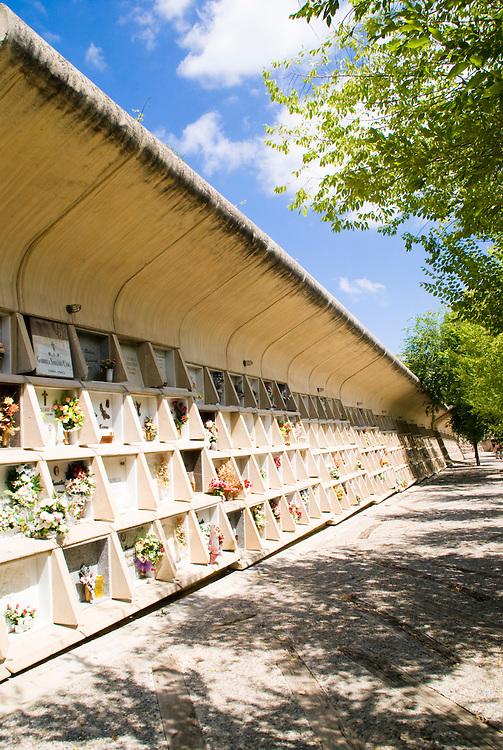 Parque Cementerio. Igualada. Miralles y Pinos Architects
