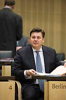 DEU, Deutschland, Germany, Berlin, 18.12.2015: Berlins Stadtentwicklungssenator Andreas Geisel (SPD) vor Beginn der Sitzung im Bundesrat.