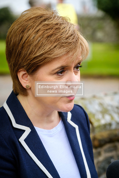 Moffat, Scotland 19th May 2017:  Scotland's First Minister, Nicola Sturgeon joins Mairi McCallan, SNP candidate for Dumfriesshire, Clydesdale and Tweeddale (DCT) on the campaign trail in Moffat.<br /> <br /> (c) Andrew Wilson   Edinburgh Elite media