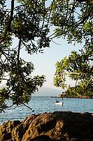 Vista da Ponta do Sambaqui, no distrito de Santo Antonio de Lisboa. Florianópolis, Santa Catarina, Brasil. / <br /> View from Ponta do Sambaqui, at Santo Antonio de Lisboa District. Florianopolis, Santa Catarina, Brazil.