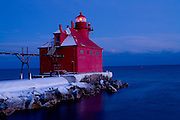 Sturgeon Bay North Pier Headlight lighthouse in Door County Wisconsin.  (Photo by Mike Roemer)