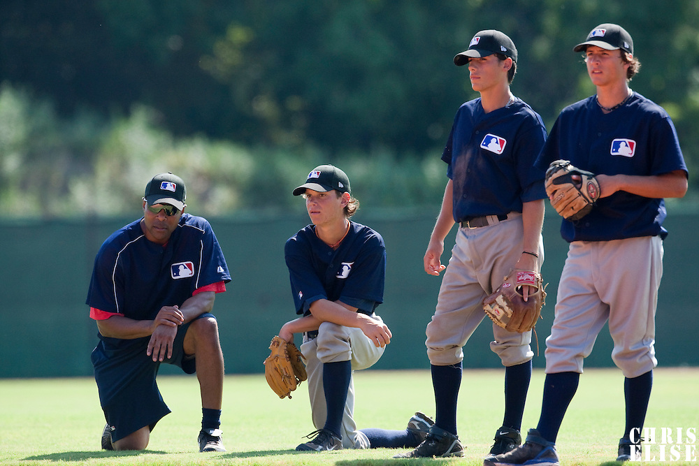 Baseball - MLB Academy - Tirrenia (Italy) - 19/08/2009 - Barry Larkin, Lukas Steinlein (Germany), Luca Martone (Italy), Petr Sila (Czech Republic)