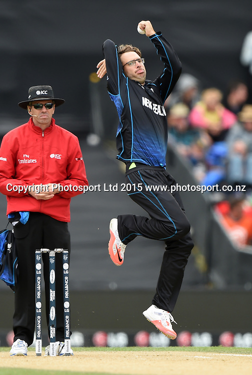 Daniel Vettori bowling during the ICC Cricket World Cup match between New Zealand and Sri Lanka at Hagley Oval in Christchurch, New Zealand. Saturday 14 February 2015. Copyright Photo: Andrew Cornaga / www.Photosport.co.nz