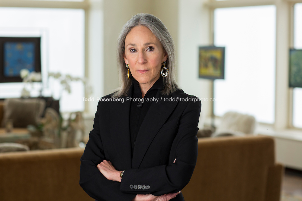 2/24/16 12:31:29 PM <br /> Portraits of Helen Zell at her Chicago home<br /> <br /> &copy; Todd Rosenberg Photography 2016