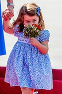 Derde kind op komst voor Kate en William<br /> Catherine, de hertogin van Cambridge, is in verwachting. Prins George en prinses Charlotte krijgen er een broertje of zusje bij. Kensington Palace maakte de zwangerschap van Kate wereldkundig. ''De koningin en familieleden van beide families zijn verheugd over het nieuws'', staat in de verklaring.