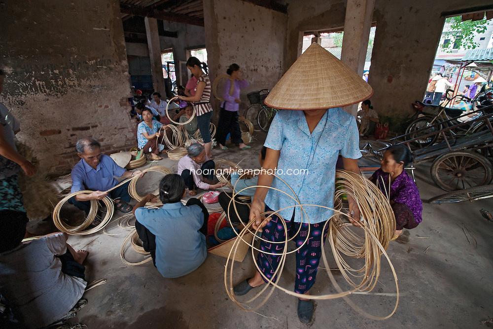Vietnam Images-Market-People-Ha Noi.