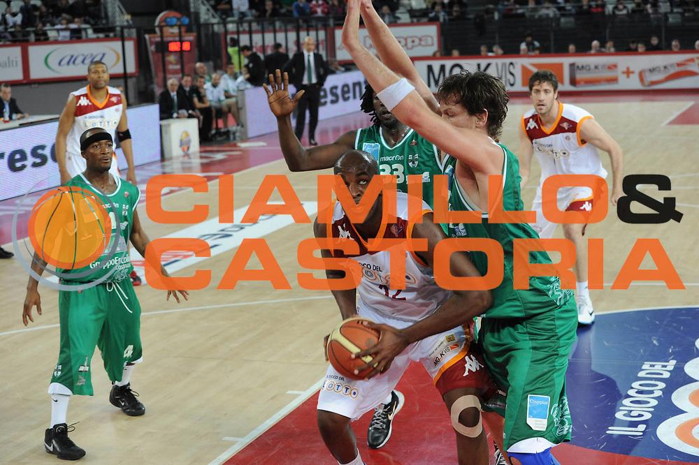 DESCRIZIONE : Roma Lega A 2010-11 Lottomatica Virtus Roma Air Avellino<br /> GIOCATORE : Ali Traore<br /> SQUADRA : Lottomatica Virtus Roma Air Avellino<br /> EVENTO : Campionato Lega A 2010-2011 <br /> GARA : Lottomatica Virtus Roma Air Avellino<br /> DATA : 20/02/2011<br /> CATEGORIA : Tiro<br /> SPORT : Pallacanestro <br /> AUTORE : Agenzia Ciamillo-Castoria/GiulioCiamillo<br /> Galleria : Lega Basket A 2010-2011 <br /> Fotonotizia : Roma Lega A 2010-11 Lottomatica Virtus Roma Air Avellino<br /> Predefinita :