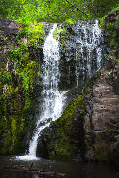 One of the best things about the Pacific Northwest is the number of waterfalls. This one was found in a deep canyon in a sagebrush desert habitat in Central Washington while following Umtanum Creek that was so surprisingly lush and green, that it felt like I was in the wet Western Cascades!