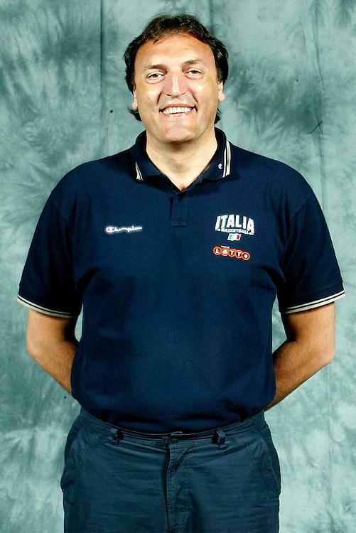 BORMIO, LUGLIO 2004<br /> POSATI SQUADRA PREOLIMPICA<br /> NELLA FOTO: DINO MENEGHIN<br /> FOTO CIAMILLO